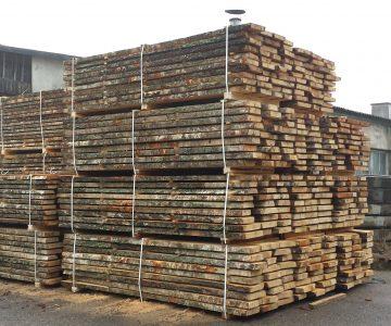 Pjauta, džiovinta, obliuota mediena